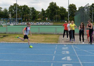 Młodzi lekkoatleci startowali na AWF-ie Lekkoatletyka 2 - Start Poznań