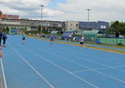 Młodzi lekkoatleci startowali na AWF-ie Lekkoatletyka 3 - Start Poznań