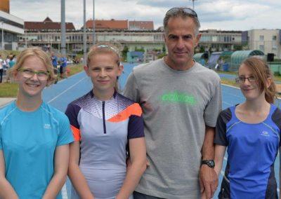 Młodzi lekkoatleci startowali na AWF-ie Lekkoatletyka 27 - Start Poznań