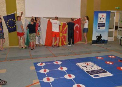 Holes - Yamichki START Erasmus + Sport 3 - Start Poznań