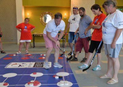 Holes - Yamichki START Erasmus + Sport 24 - Start Poznań