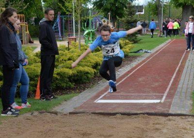 XXII Międzynarodowe Zawody w Czwórboju Lekkoatletycznym dla młodzieży niewidomej i słabowidzącej w Owińskach. 5 - Start Poznań