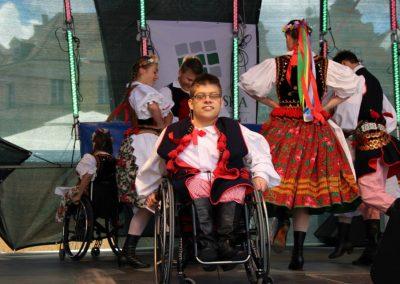 Klub tańców integracyjnych Kids Folk festival 2014 4 - Start Poznań