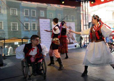 Klub tańców integracyjnych Kids Folk festival 2014 5 - Start Poznań